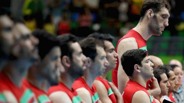 El equipo de Irán de voleibol sentado