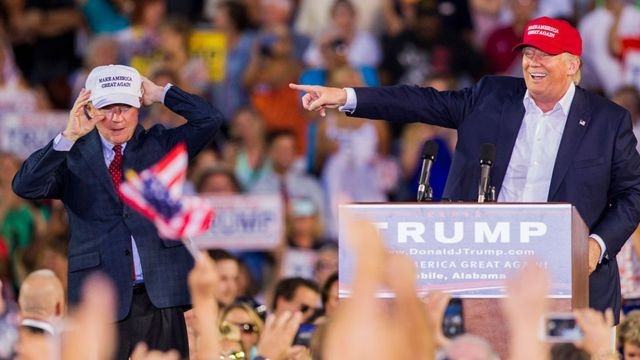 Jeff Sessions y Donald Trump.