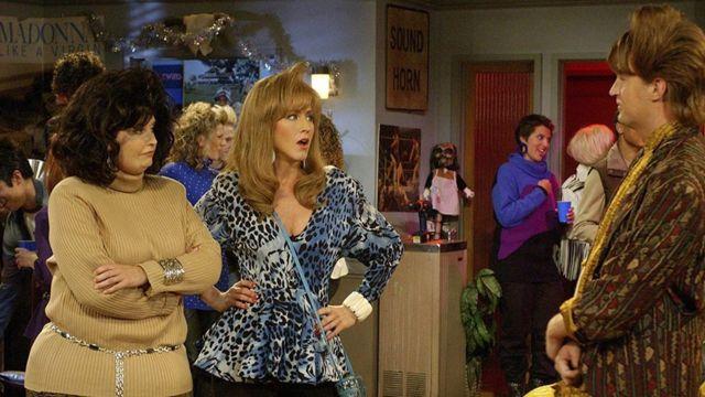 Rachel, Monica y Chandler de jóvenes
