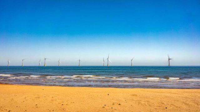 Bid to extend life of Aberdeen offshore wind farm