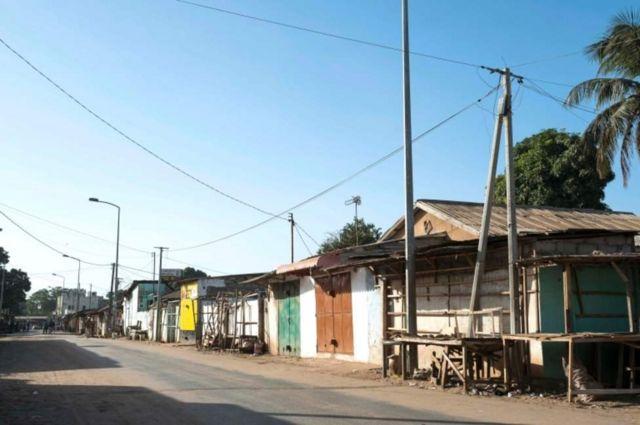 Amabarabara yo mu gisagara ca Serekunda muri Gambia arera