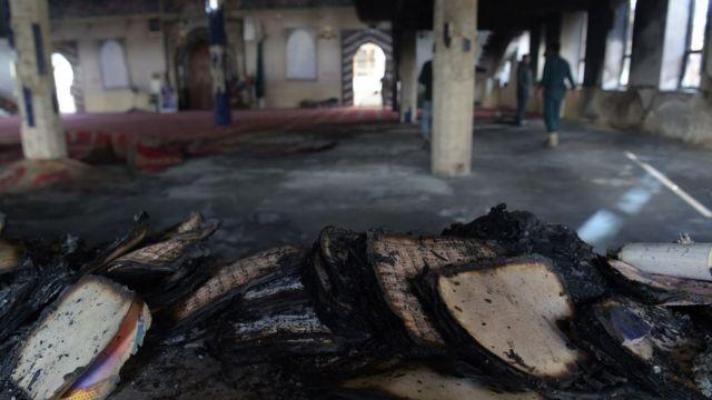 ઑગસ્ટ 2017માં પણ કાબુલની શિયા મસ્જિદ પર આત્મઘાતી હુમલો થયો હતો તે સમયની તસવીર