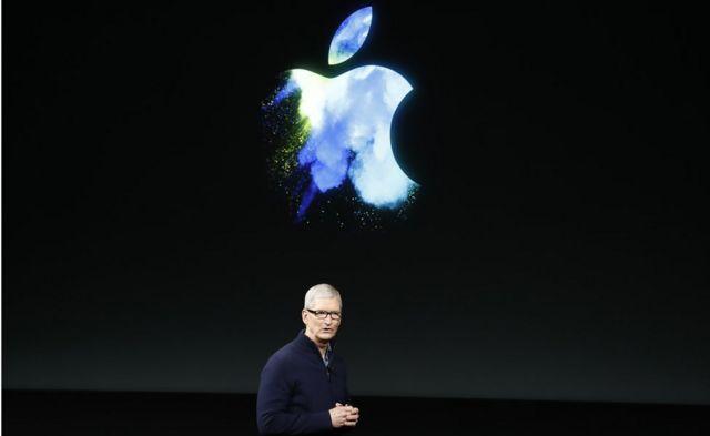 Apple iPhone X'in lansmanını şirketin CEO'su Tim Cook yapacak.