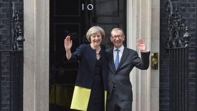 Theresa May e o marido Philip após a posse dela no cargo