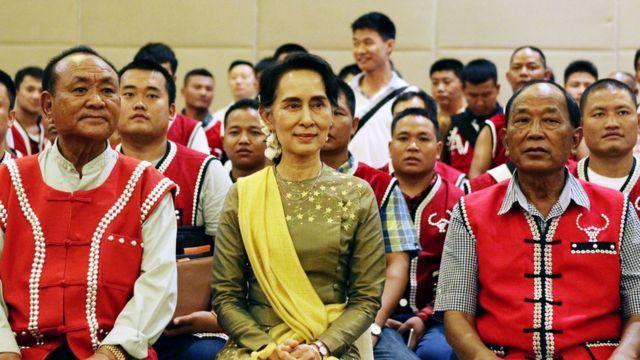 UWSA Leaders and Daw Aung San Suu Kyi