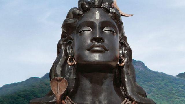 ஈஷா யோகா மையத்தில் அமைக்கப்பட்டுள்ள 112 அடி உயர சிவன் சிலை