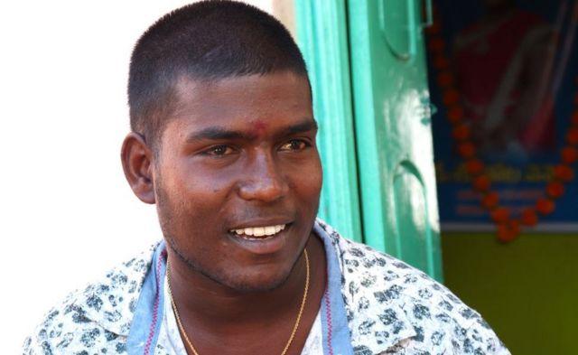 Venkatesh, hermano de Thota Vennela