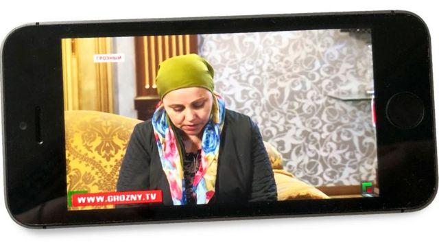 """Айшат Янаева извиняется перед Кадыровым за сообщения о бедности чеченцев в эфире ЧГТРК """"Грозный"""""""