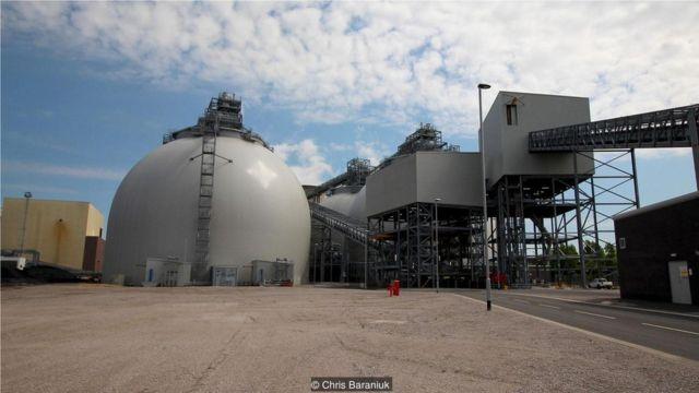 德拉克斯发电厂从煤炭到生物燃料的转换,耗资7亿英镑。