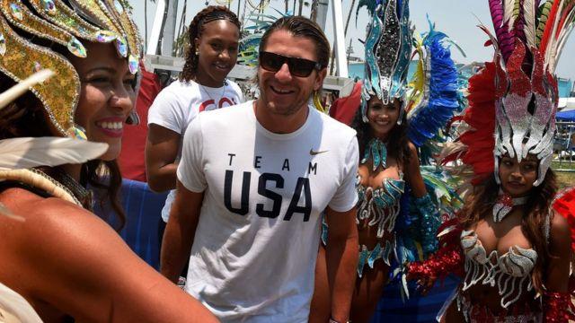 Tony durante o anúncio do time olímpico americano na Califórnia, em 23 de julho de 2016