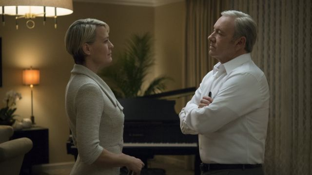 "Imagem mostra Kevin Spacey como Francis Underwood e Robin Wright como Claire Underwood em ""House of Cards"""