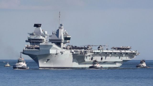 Tàu sân bay HMS Queen Elizabeth