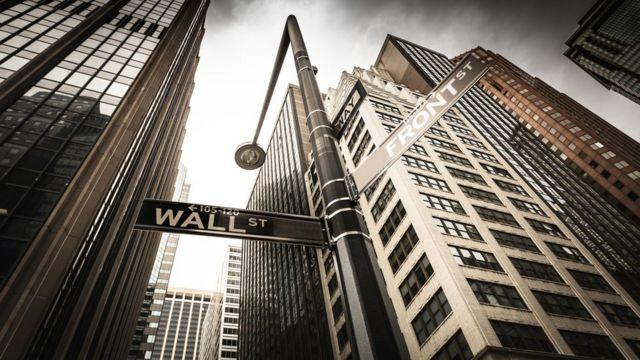 Imagem de prédios de Wall Street