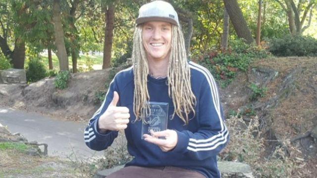 Chris Dodd antes da viagem na Tailândia