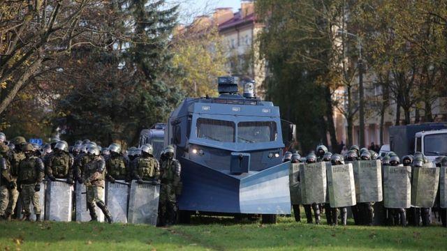 Силовики и спецтехника в Минске