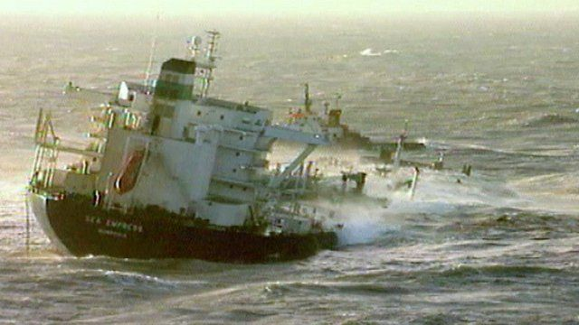 Lessons learned' from 1996 Sea Empress oil spill - BBC News