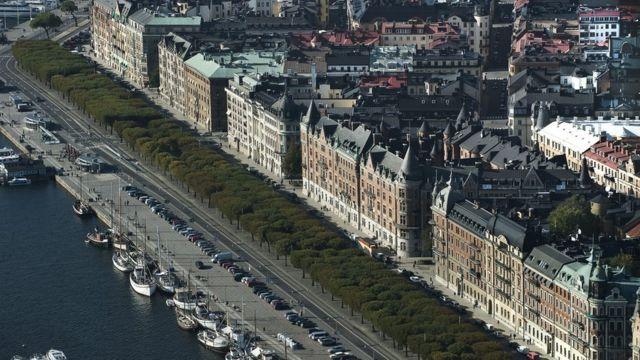 స్టాక్హోం నగరం ఇళ్ల అద్దెలు కిరాయి ఇరుకిరుగు గదులు stockholm city Rented houses waiting list