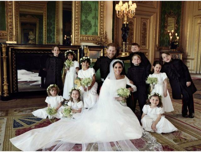 英國哈里王子和梅根的婚禮,除了一對新人,還有10名花童非常搶眼,其中包括喬治王子和夏洛特公主。