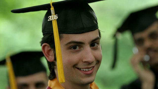 Graduado universitario