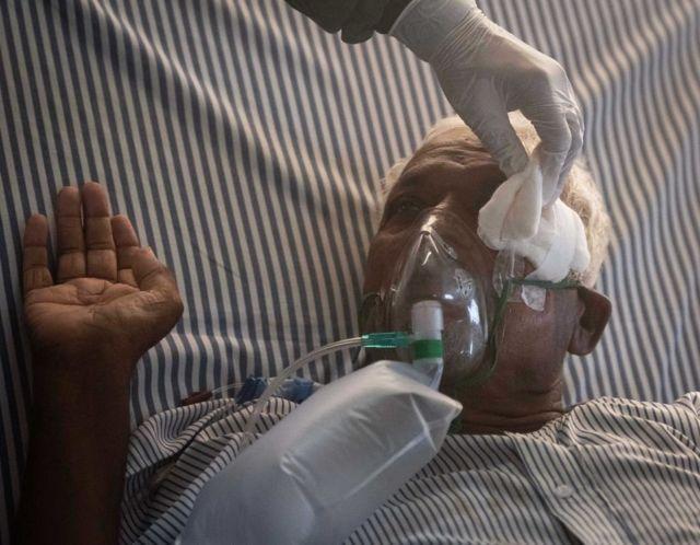 Covid En Inde Le Diabete Est Il A L Origine Du Nombre Eleve De Cas De Champignons Noirs Bbc News Afrique