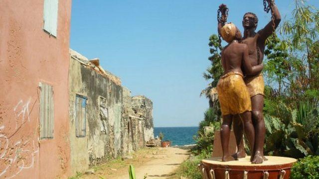 Monument de la libération des esclaves (Dakar)