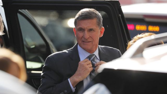 Michael Flynn arrives at Washington court for hearing on 1 Dec 2017