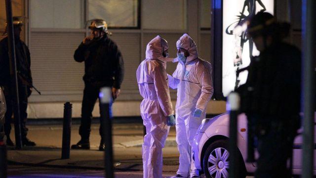 Forensic experts outside Stade de France