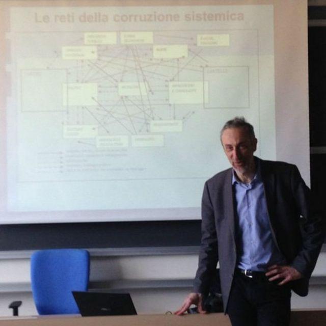 Alberto Vannucci durante apresentação