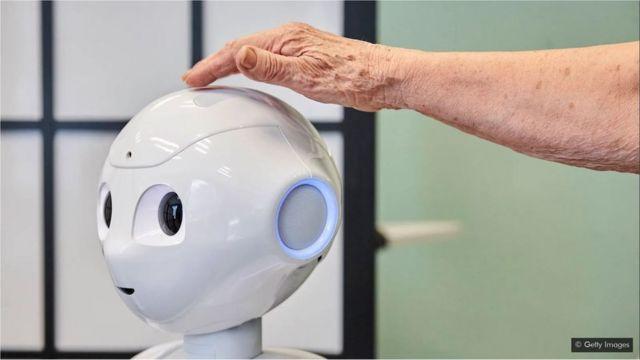 Un robot nommé Pepper a été conçu pour interagir avec les personnes âgées