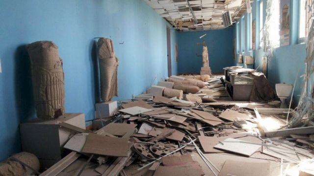 博物館では数々の美術品が破壊されていた。シリア国営SANA通信配布写真(27日)