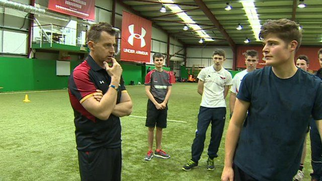 Nigel Owens training pupils