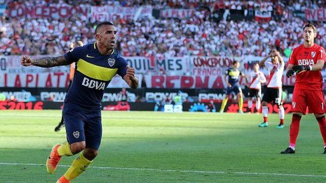 L'attaquant argentin de 33 ans était revenu dans son club de cœur après son périple européen qui l'a vu évoluer à West Ham, Manchester United et City et la Juventus de Turin.