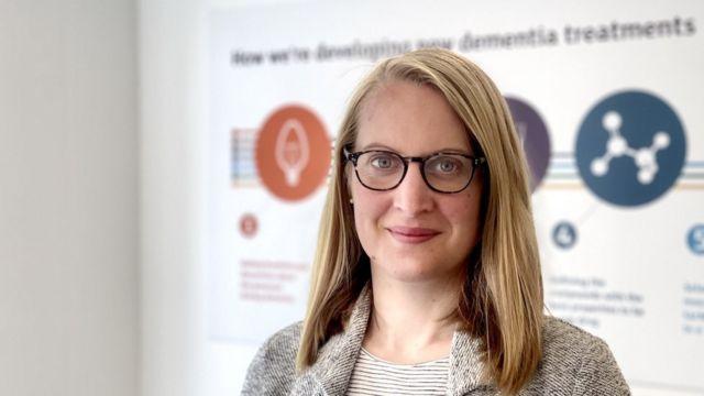 İngiltere Alzheimer Araştırmaları Vakfı'ndan Laura Phipps