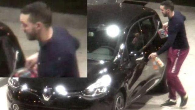 Мохамеда Абріні помітили за кермом Renault Clio в Парижі