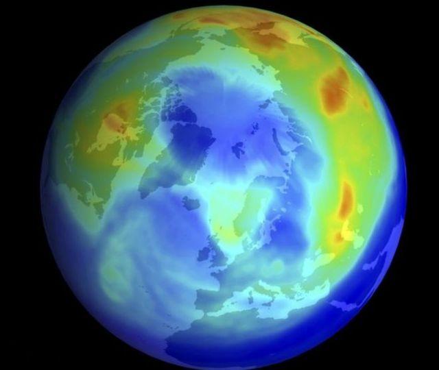 Imagen de la Tierra y la capa de ozono