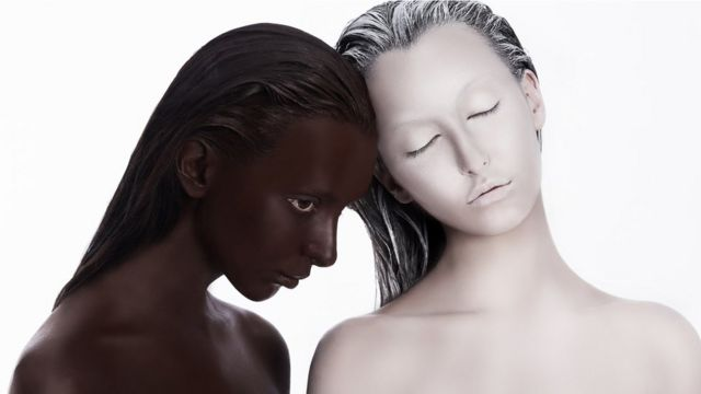 """""""Que cada quien sea feliz con el color de piel que le ha tocado"""", recomienda el doctor Grimalt."""