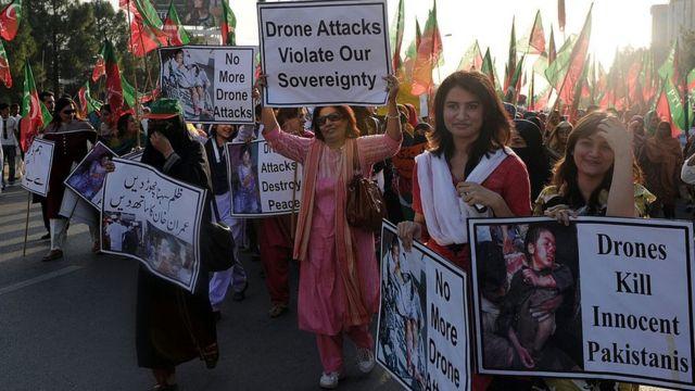Protesta en Pakistán en contra de los ataques con drones de Estados Unidos.