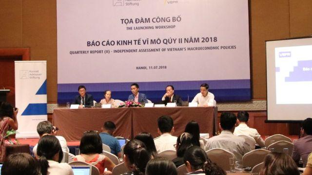 Báo cáo kinh tế vĩ mô quý II của VEPR nói thị trường căn hộ trong Quý 2 suy giảm ở cả hai thị trường Hà Nội và TP. Hồ Chí Minh
