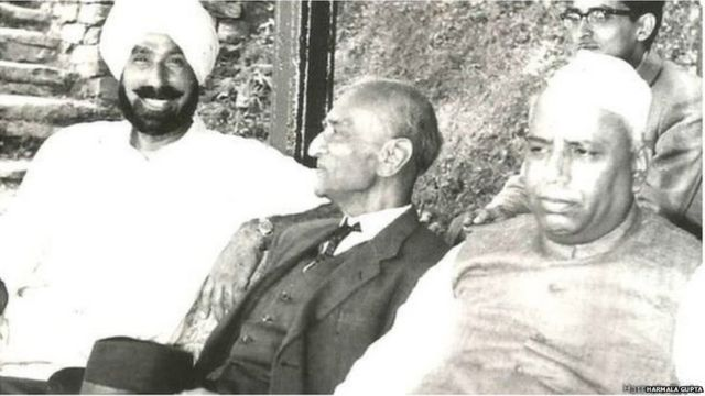 Harbakhsh Singh with Defence Minister Yashwant Rao Chawan
