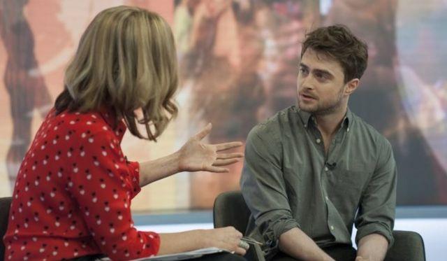 Daniel Radcliffe y Victoria Derbyshire