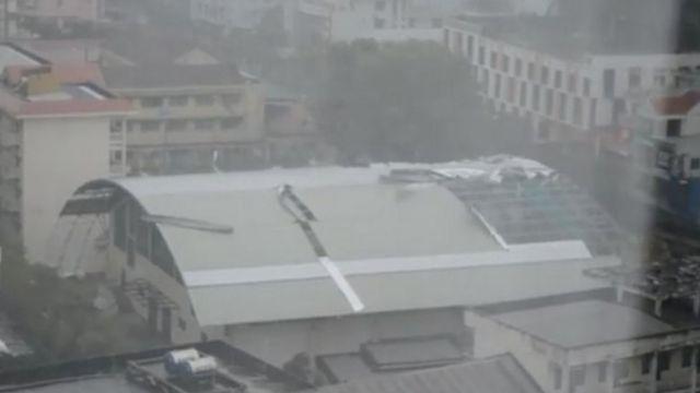 Storm-damaged roof n Ho Chi Minh City (04 November 2017)