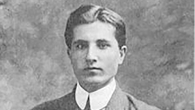 هاوارد باسکرويل آموزگاری آمريکايی بود که جان بر سر مشروطه ايرانی گذاشت