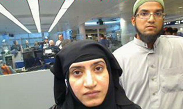 2014年にシカゴ・オヘア空港から入国したタシュフィーン・マリク容疑者(左)とリズワン・ファルーク容疑者