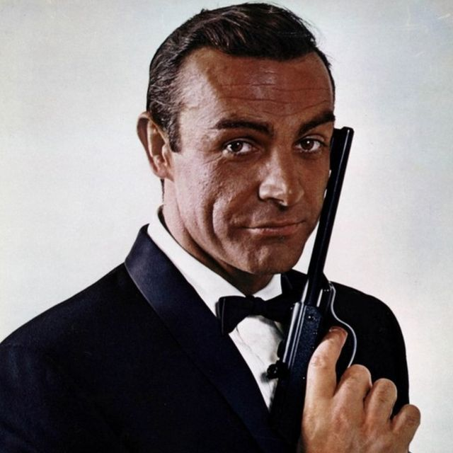 Sean Connery Como James Bond.