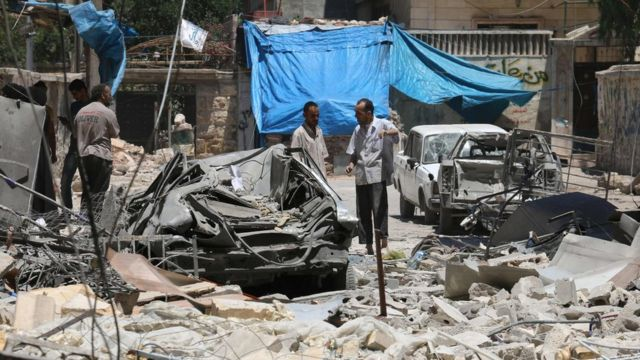 Syria conflict: US diplomats press for strikes against Assad