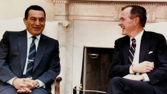 Hosni Mubarak na rais George Bush