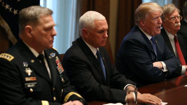 Президент Трамп Улуттук коопсуздук кеңеши менен жыйыны