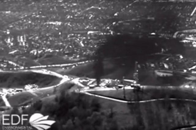 赤外線カメラが撮影したメタンガス漏出の様子