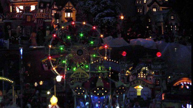 Christmas lights on Cirencester house