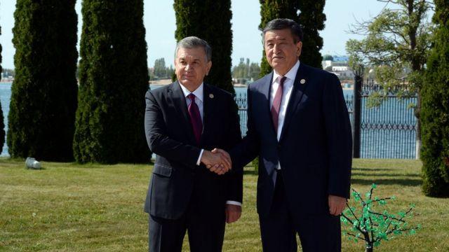 Кыргызстан президенти Сооронбай Жээнбеков жана Өзбекстан президенти Шавхат Мирзиёев
